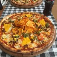 12/2/2016 tarihinde Özüm İ.ziyaretçi tarafından Double Zero Pizzeria'de çekilen fotoğraf