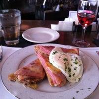 Foto tirada no(a) Coquette Cafe por Amy C. em 11/23/2012