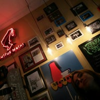 Photo prise au Milkbar Coffee & Panini par Cem K. le11/10/2015