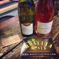 Das Foto wurde bei Rosetta Wines & Spirits von Eric F. am 3/9/2015 aufgenommen