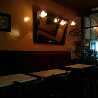 Снимок сделан в Café de Ruiz пользователем Jose Antonio S. 5/23/2013