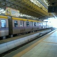 Foto tirada no(a) LRT 2 (V. Mapa Station) por DD em 1/26/2013