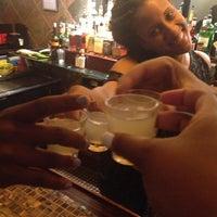 รูปภาพถ่ายที่ Avery's Bar & Lounge โดย Nakia เมื่อ 7/26/2013