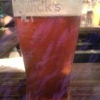 Das Foto wurde bei Blarney Stone Pub von Dwayne G. am 5/28/2014 aufgenommen