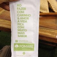 Das Foto wurde bei Empório Pomare von Miguel A. am 4/2/2014 aufgenommen