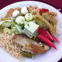 Foto tirada no(a) Elaine Rotisserie e Restaurante por Mauricio F. em 10/15/2013