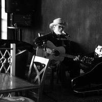 Foto tirada no(a) Ma Rouge Coffee House por Eduardo V. em 1/18/2015