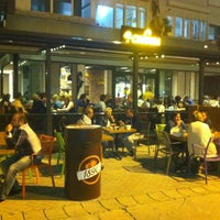 Foto tirada no(a) Chaplin Cafe & Restaurant por Erdal Ö. em 5/25/2014