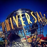 10/16/2013 tarihinde Cristianziyaretçi tarafından Universal Studios Hollywood Globe and Fountain'de çekilen fotoğraf