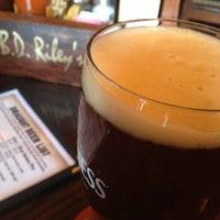 Das Foto wurde bei BD Riley's Irish Pub von Alan W. am 2/8/2013 aufgenommen
