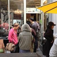 Das Foto wurde bei Spring For Coffee von Evan G. am 12/1/2012 aufgenommen