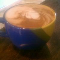 Photo prise au Cup Coffee Co. par Alyssa D. le12/3/2012