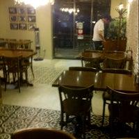 11/29/2012 tarihinde Alper D.ziyaretçi tarafından Etiler Uludağ Kebapçısı'de çekilen fotoğraf