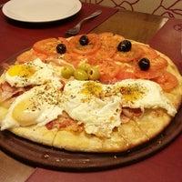 6/13/2013にsebastian g.がbarDpizzasで撮った写真