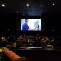Foto diambil di Chunky's Cinema Pub oleh Jeff S. pada 5/14/2017