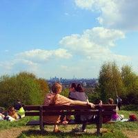 5/6/2013 tarihinde Assel U.ziyaretçi tarafından Hampstead Heath'de çekilen fotoğraf
