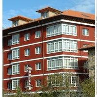 Foto tomada en Hotel Naranjo de Bulnes por Hotel Naranjo de Bulnes el 6/1/2014