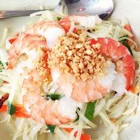 Снимок сделан в Falansai Vietnamese Kitchen пользователем Ron C. 6/3/2013