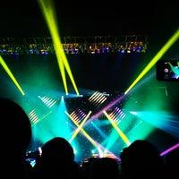 Foto tirada no(a) Hammerstein Ballroom por Adam S. em 10/3/2012