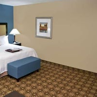 Foto tirada no(a) Hampton Inn & Suites Charlotte Airport por Yext Y. em 10/13/2019