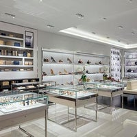 fe1c87e9ad29 ... Photo taken at Michael Kors by Yext Y. on 5 23 2016 ...