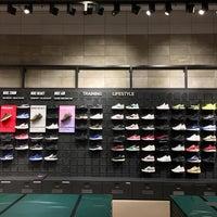 proteccion Seminario terciopelo  Photos at Nike Store La Maquinista - Sant Andreu - Barcelona, Cataluña