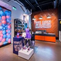 Azul imitar Razón  Nike Store Serrano - Magasin de sport à Madrid