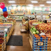 Photo taken at Sprouts Farmers Market by Yext Y. on 12/17/2018