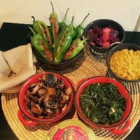 Снимок сделан в Lalibela Ethiopian Restaurant пользователем Yext Y. 10/31/2017