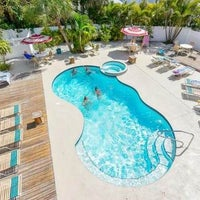 Tropical Breeze Resort On Siesta Key 140 Columbus Blvd