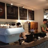 11/14/2012にMatthewがJoe the Art of Coffeeで撮った写真