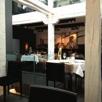 Das Foto wurde bei NO Restaurant von Javier J. M. am 5/19/2013 aufgenommen