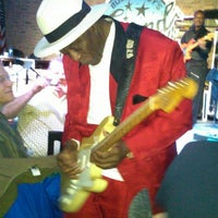 Foto tirada no(a) Buddy Guy's Legends por Billy F. em 1/12/2013