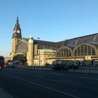 Das Foto wurde bei Hamburg Hauptbahnhof von Media S. am 3/6/2013 aufgenommen