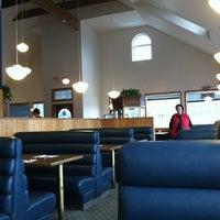 รูปภาพถ่ายที่ Blue Whale โดย Kay G. เมื่อ 11/11/2012