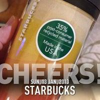 Снимок сделан в Starbucks пользователем Stone I. 1/13/2013