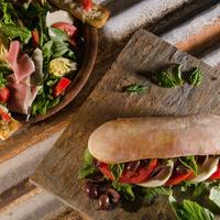 6/10/2014에 Pizza Rustica님이 Pizza Rustica에서 찍은 사진