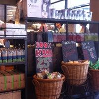 Foto tomada en Starbucks por Ga young el 4/15/2013