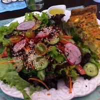 Foto diambil di Café Ambrosio oleh Bruno S. pada 7/19/2012