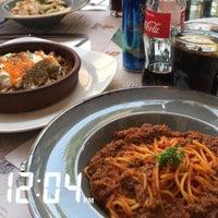 Foto tomada en Mihri Restaurant & Cafe por Asma F. el 7/5/2018