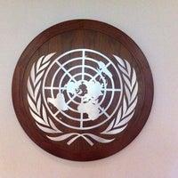 Das Foto wurde bei Vereinte Nationen von Scoota am 9/8/2013 aufgenommen