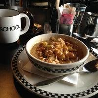 รูปภาพถ่ายที่ SCHOOL Restaurant โดย Jamie K. เมื่อ 2/1/2013