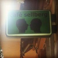 Foto diambil di café sellberg oleh Norbert B. pada 7/2/2014