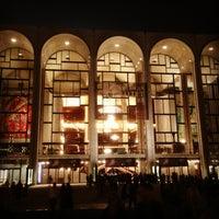 Снимок сделан в Lincoln Center for the Performing Arts пользователем Yang L. 6/19/2013