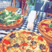 10/25/2016 tarihinde Çağrı T.ziyaretçi tarafından Double Zero Pizzeria'de çekilen fotoğraf