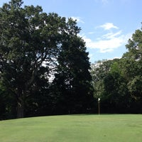Photo prise au Candler Park Golf Course par Dink C. le8/19/2014