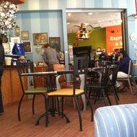 Foto diambil di Amélie's Petite oleh Craig H. pada 10/11/2012