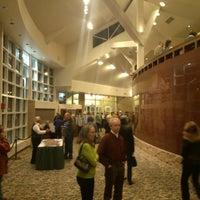 Foto scattata a The Clark Center For The Performing Arts da Michael J. il 11/16/2013