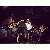 Foto scattata a Wala Wala Cafe Bar da Nipuna P. il 6/26/2013