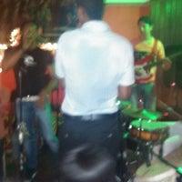 Das Foto wurde bei Bazurto Social Club von Mely A. am 7/28/2013 aufgenommen